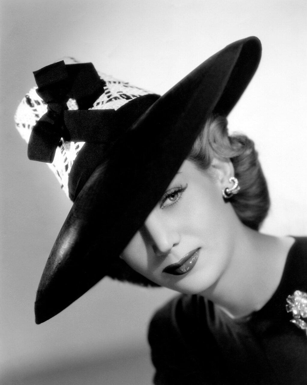 Картинки женщины в шляпках ретро