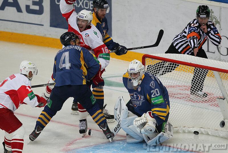 «Атлант» vs «Спартак» 0:2 чемпионат КХЛ 2013-2014 (Фото)