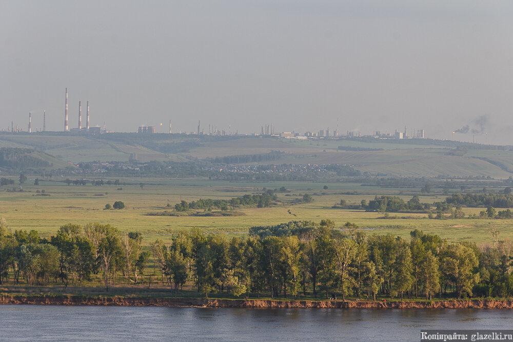 Панорама Нижнекамских заводов.