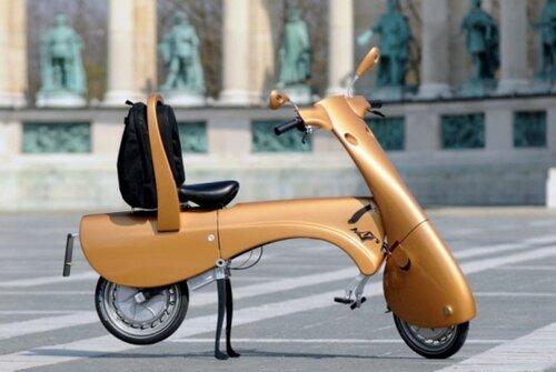 Скутер превращается в чемодан
