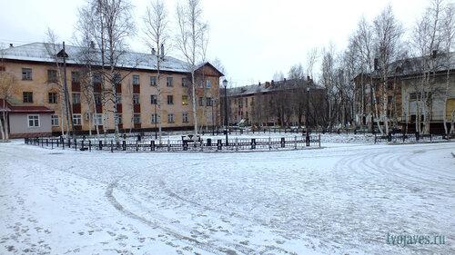 Фото города Инта №6211  Социалистическая 4а (суд), Мира 5 и 3 10.11.2013_14:03