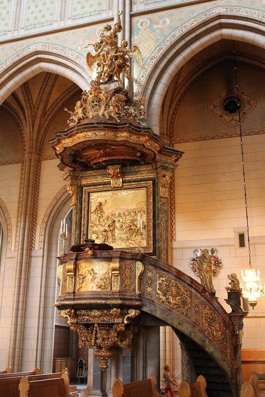 Уппсала. Кафедральный собор. Кафедра. Predikstol. Pulpit. Uppsala, Cathedral