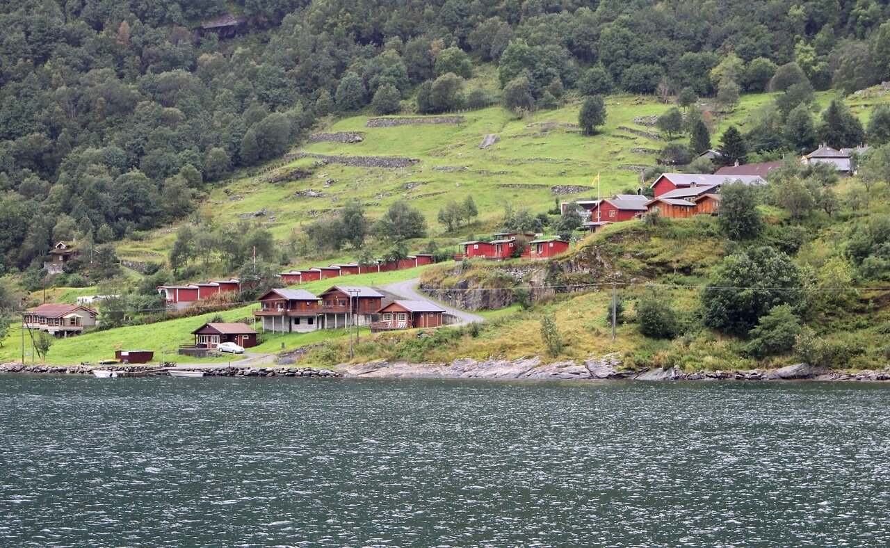 Geiranger, view from the ferry