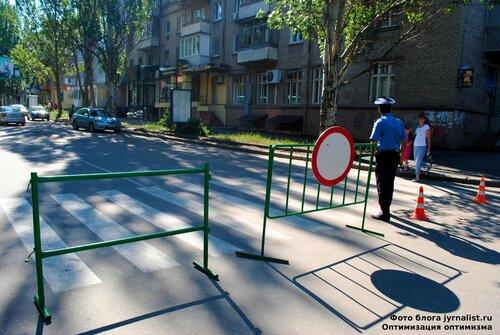 к нам едет Президент в Луганске уже ожидают януковича