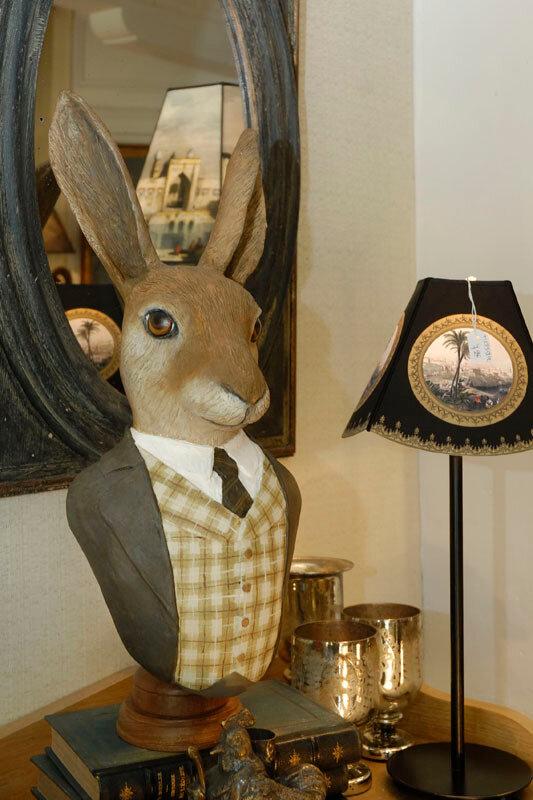 Заяц облачённый в жилет от Muse et Homme.