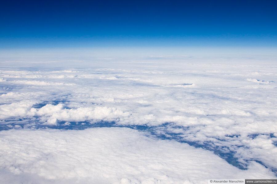 Плотная облачность над Украиной