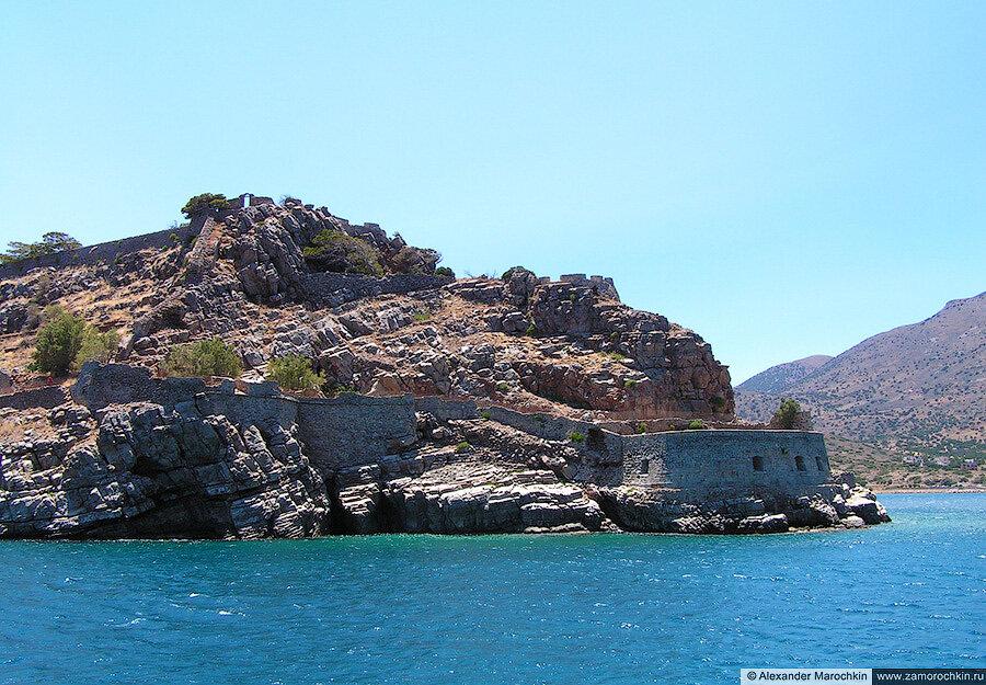 Огибаем остров Спиналонга по морю с севера