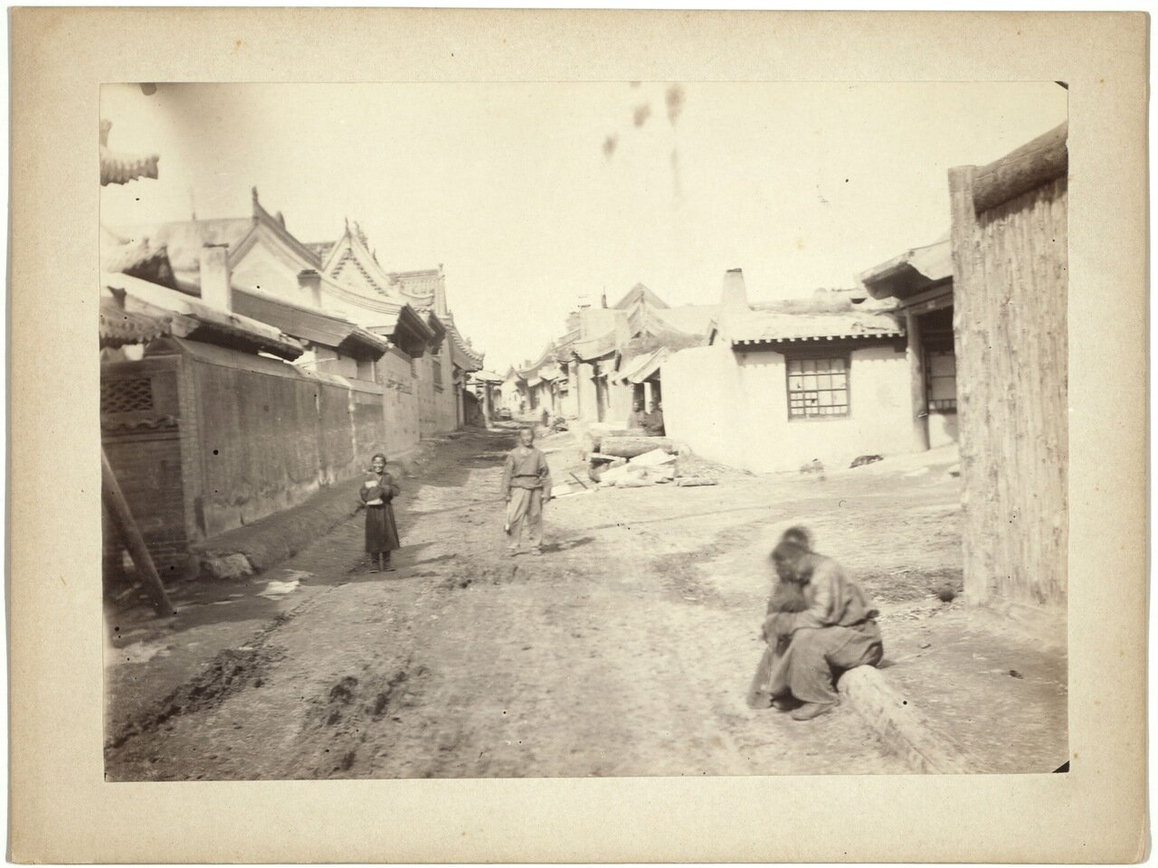 Маймачен. Уличная сцена