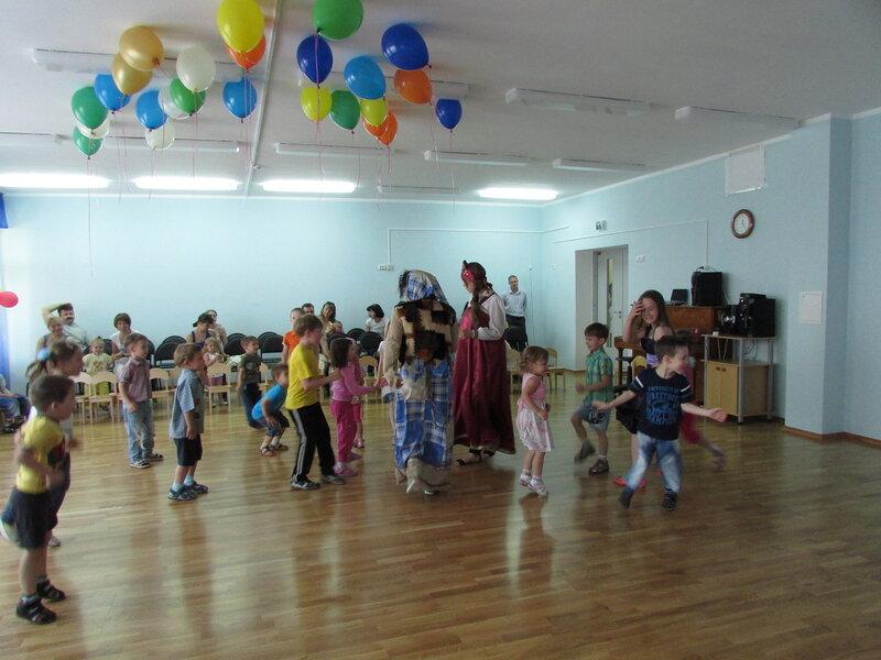 Десткий хоровод в Подольском детском саду