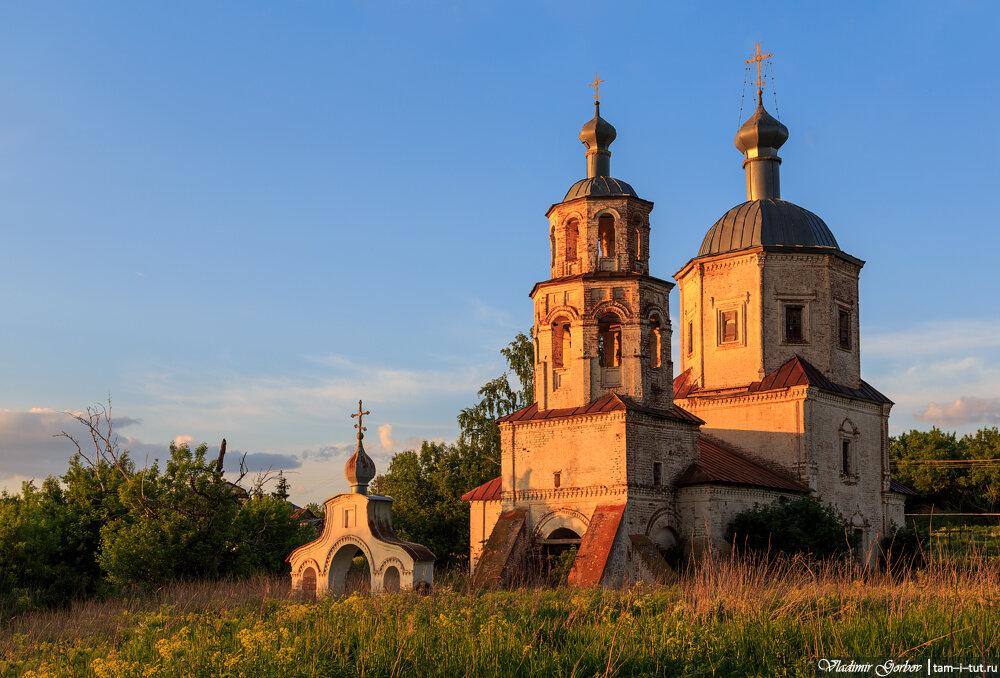 Соловцово, церковь Смоленской иконы Божией матери