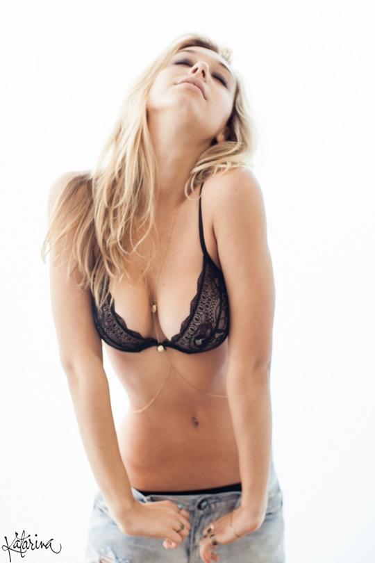 Красивые фотографии молодой модели Алексис Рен 0 1423cb 30e0730e orig