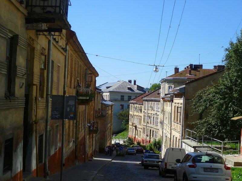 Львовские улицы, Украина (Lviv street, Ukraine).