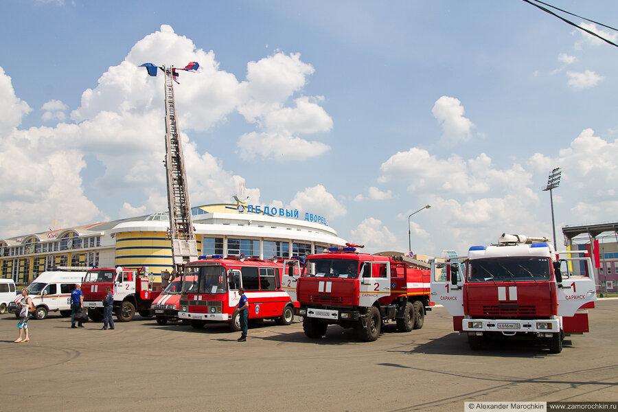 Выставка спасатетельной техники МЧС