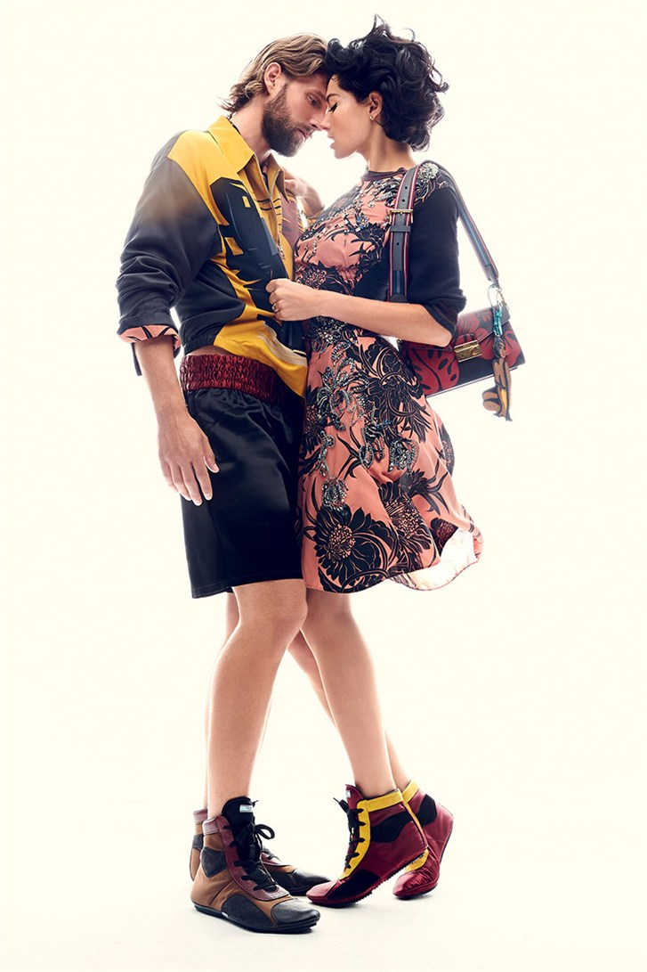 Джессика Харт и Р. Дж. Рогински / Jessica Hart & RJ Rogenski - Romeo & Juliet by Max von Gumppenberg & Patrick Bienert in Harper's Bazaar US november 2013