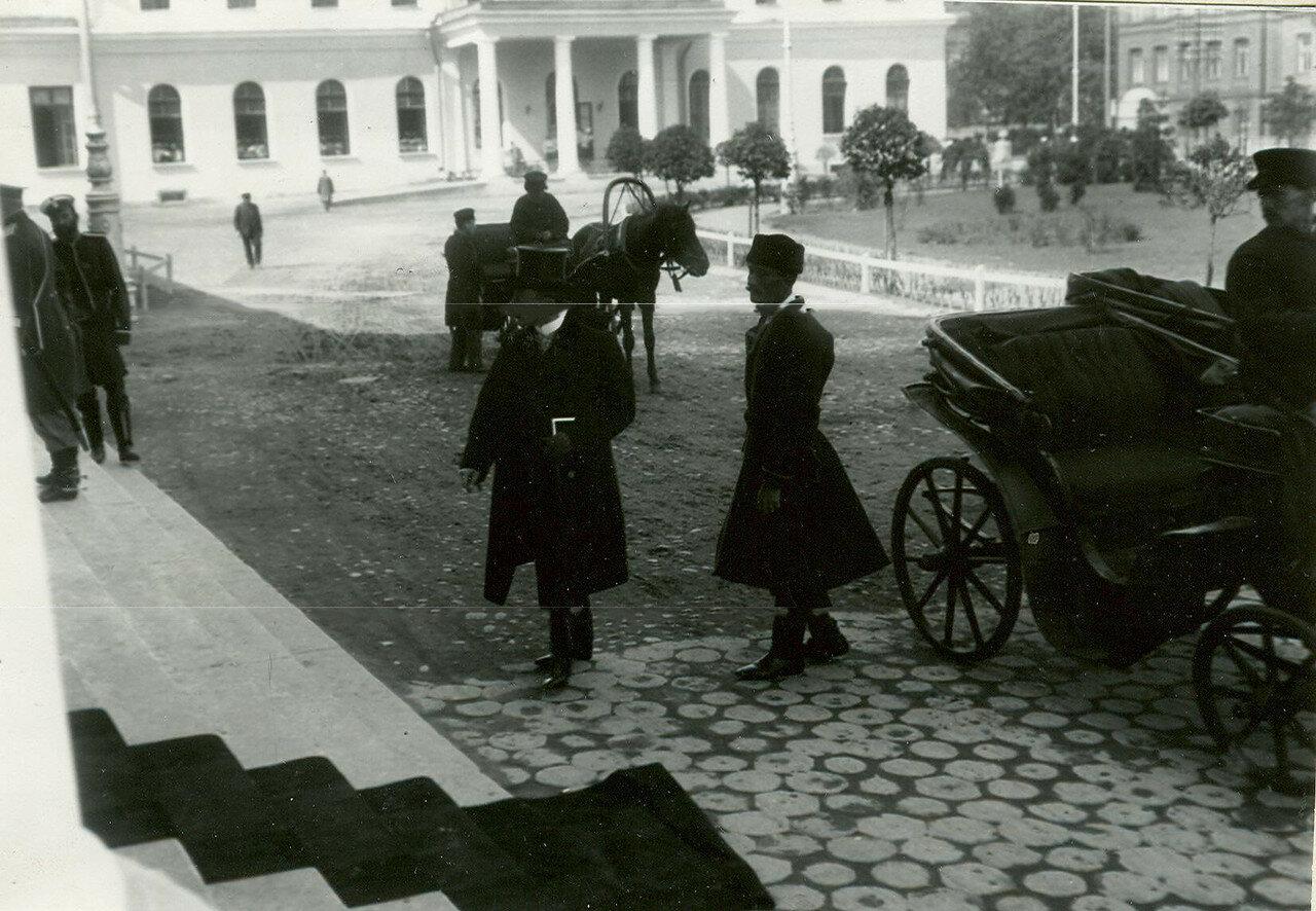 Приезд депутатов Первой Государственной думы на первое заседание в Таврический дворец.  27 апреля 1906