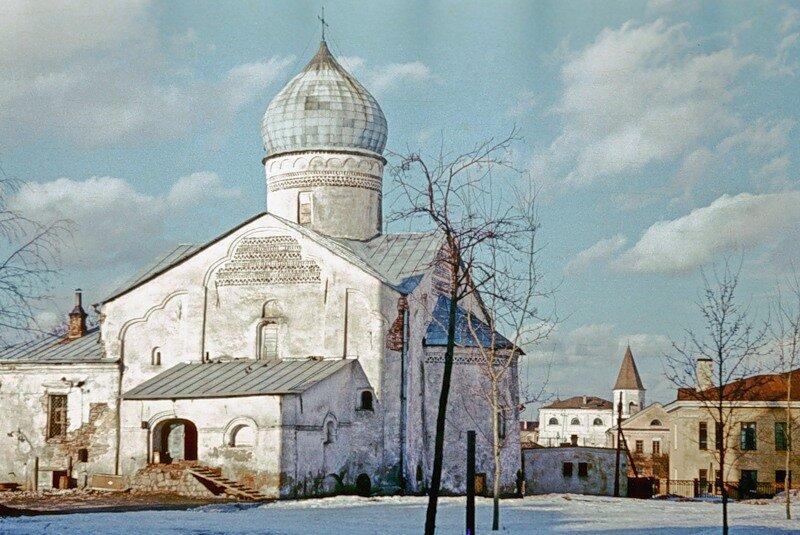 Новгород, церковь Дмитрия Солунского на Московской улице.