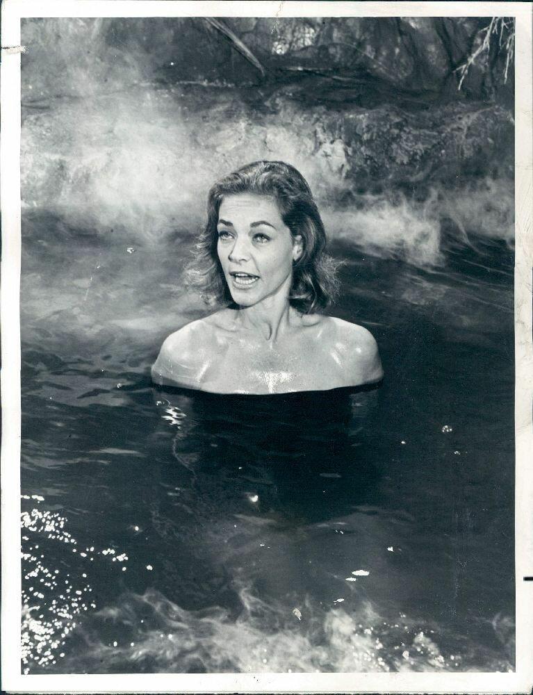 1971. Актриса Лорен Бэколл