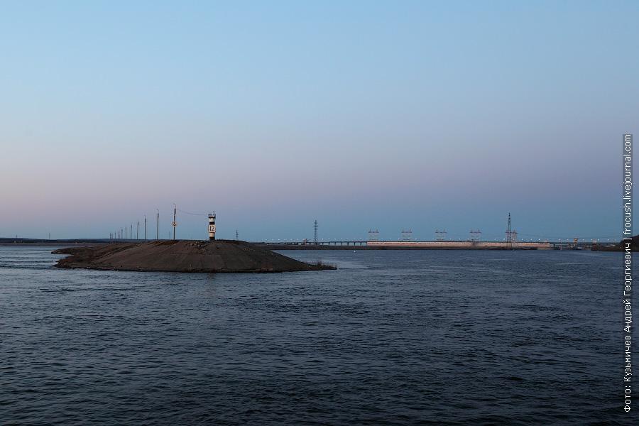 Нам предстоит небольшое развлечение — проход Чебоксарской ГЭС