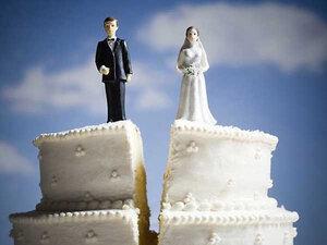 Социологи: Инициаторы разводов в Молдове — женщины