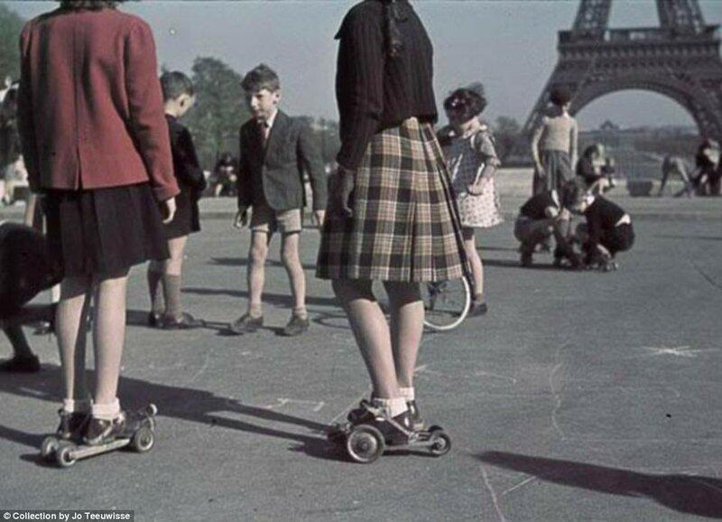 1942 Paris.jpg