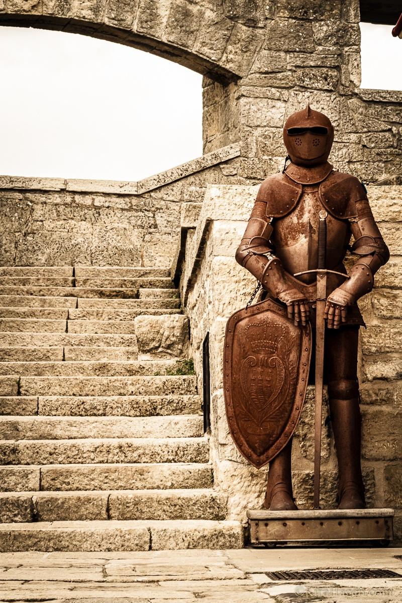 Suit of Arms, San Marino