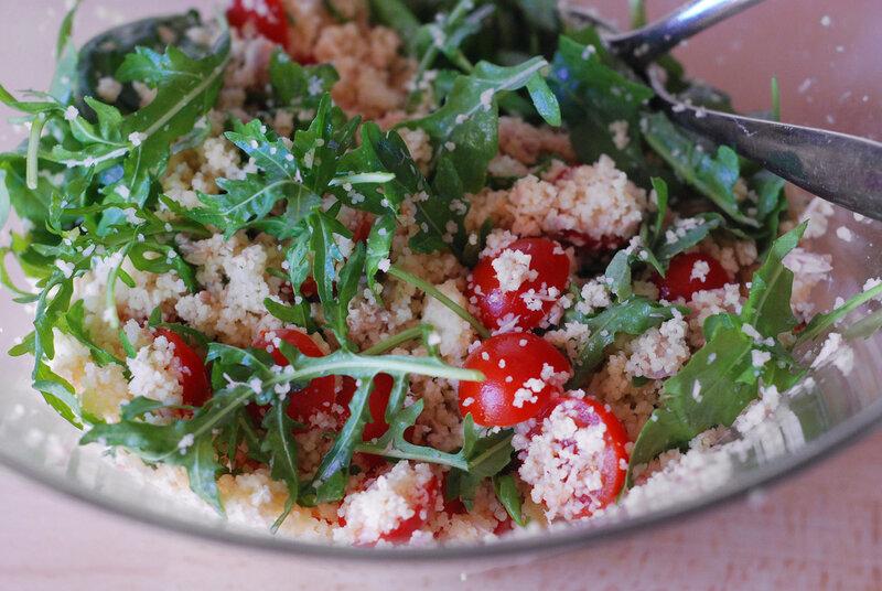 Салат с руколой и языком рецепт