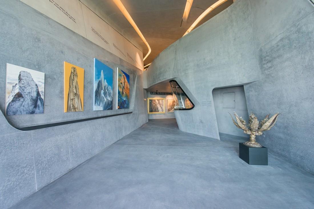 4. MMM Corones. Экспозиции музея. Музей расположен на площадке горы Кронплатц — популярном месте сре