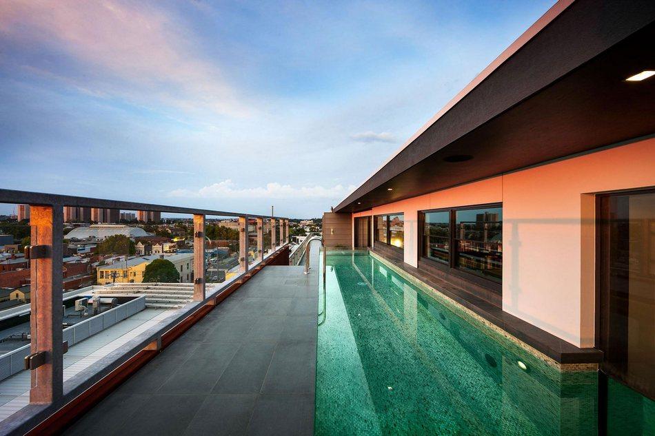 Первоклассный пентхаус с бассейном в Мельбурне