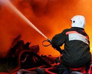 Газ стал причиной пожара в многоэтажном доме в Хабаровске