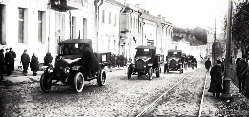 429901 Лубянский проезд 1924 АМО Ф-15.jpg