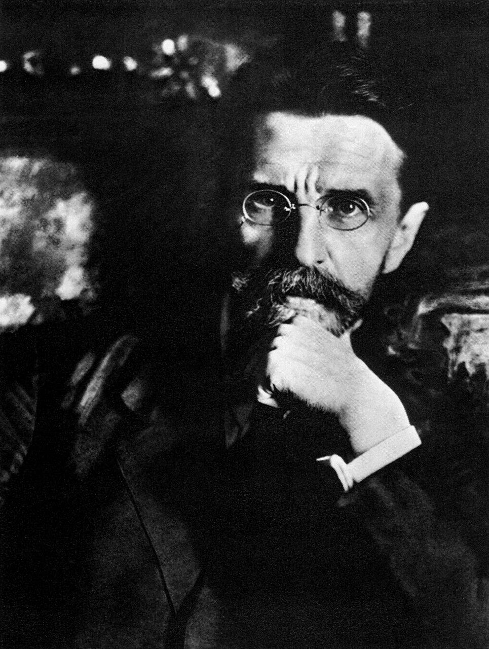 В. В. Воровский. 1925 год