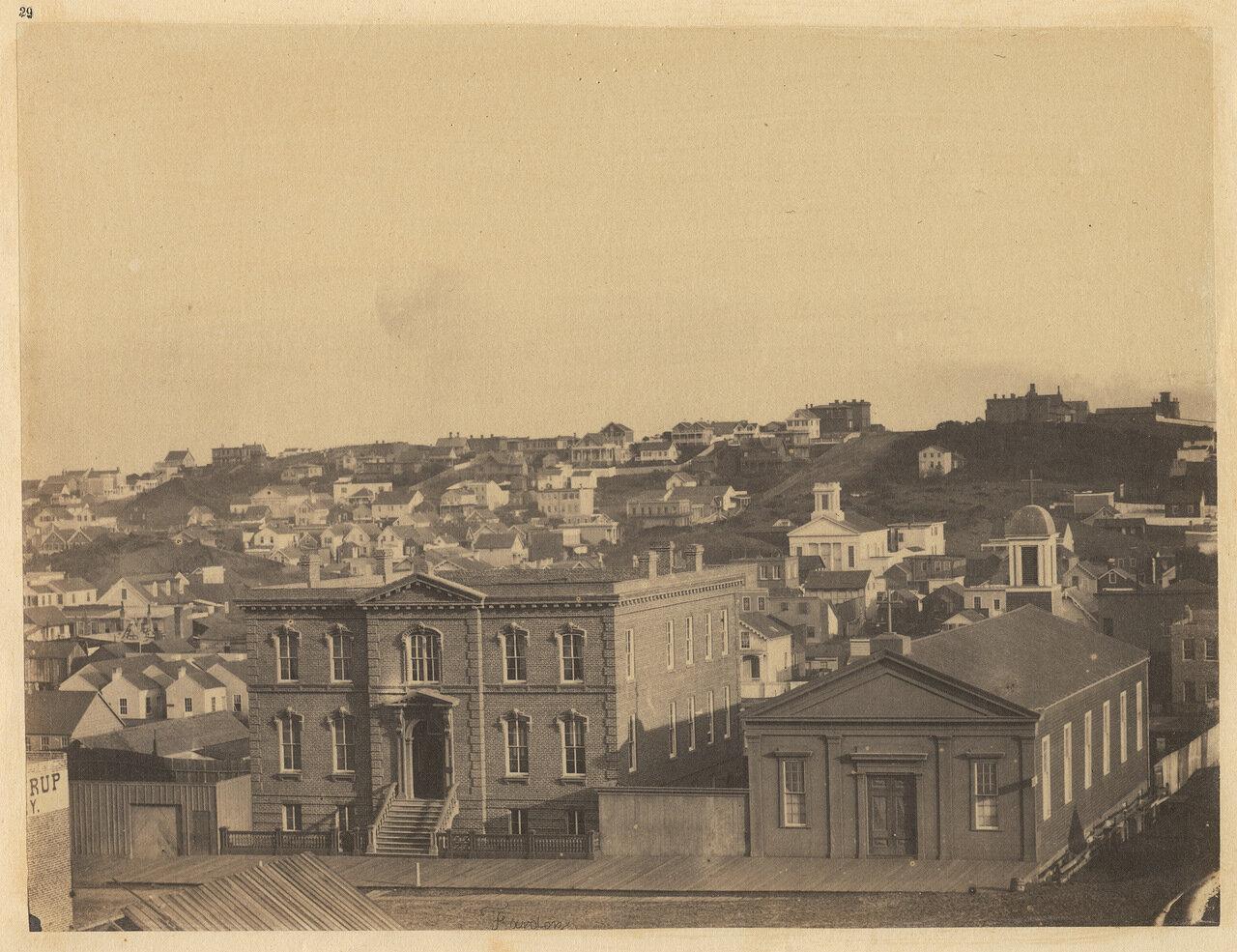 Вид с улицы Кирни. На переднем плане сиротский приют