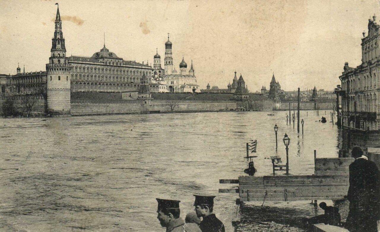 Вид с Москорецкого моста