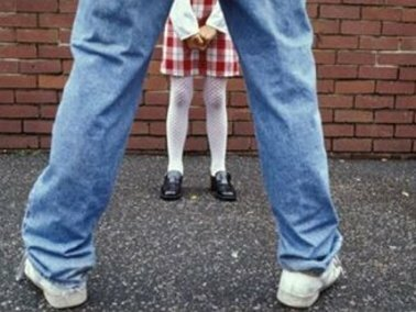 порно маленкую девачку