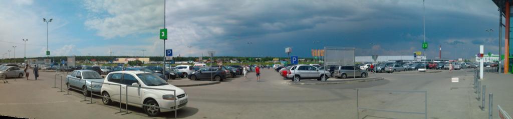 Австостоянка у Глобуса в Климовске