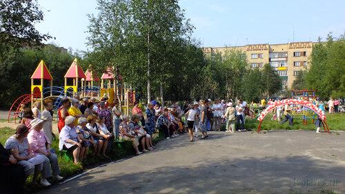 Фото города Инта №5307  Южная сторона Воркутинской 3 28.07.2013_12:44