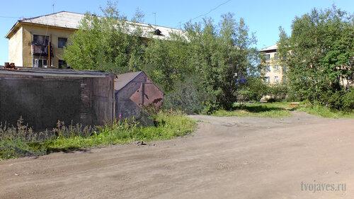 Фото города Инта №5561  Спортивная 87 и Восточная 88 06.08.2013_13:51