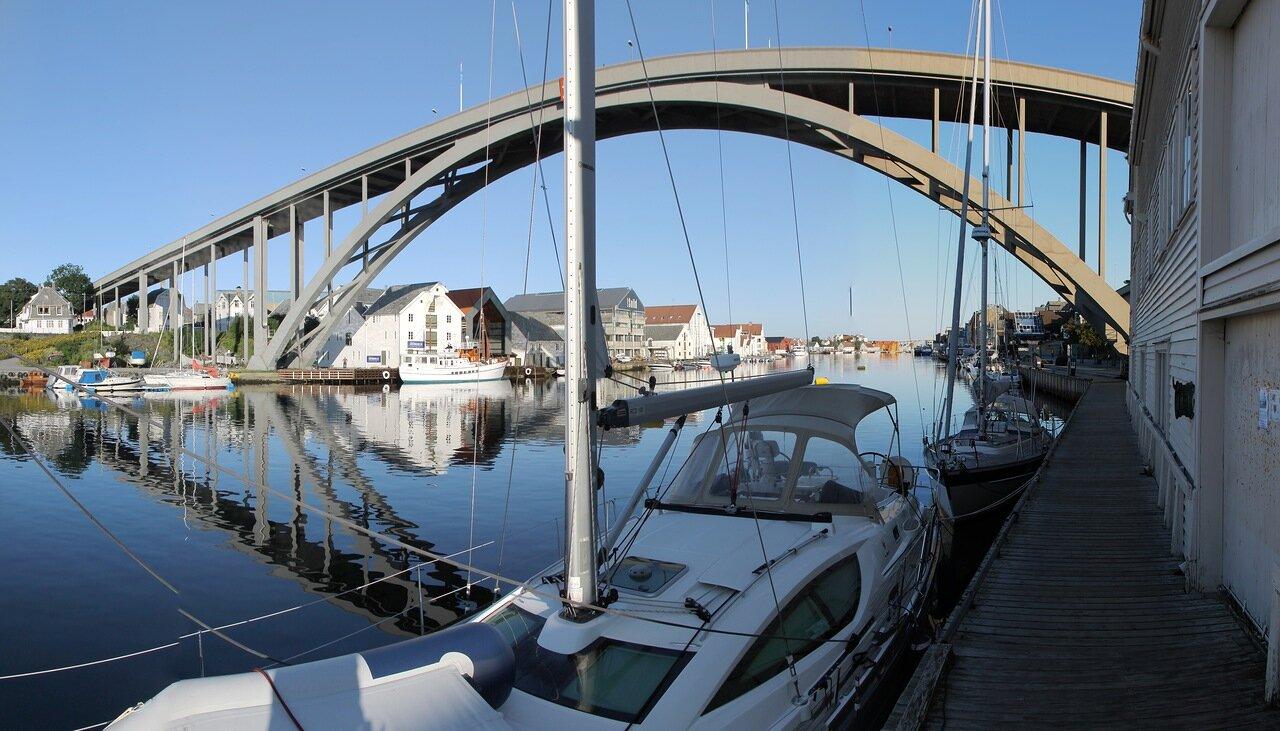 Хаугесунд. Мост Рисобрё. Risøybrua, Haugesund
