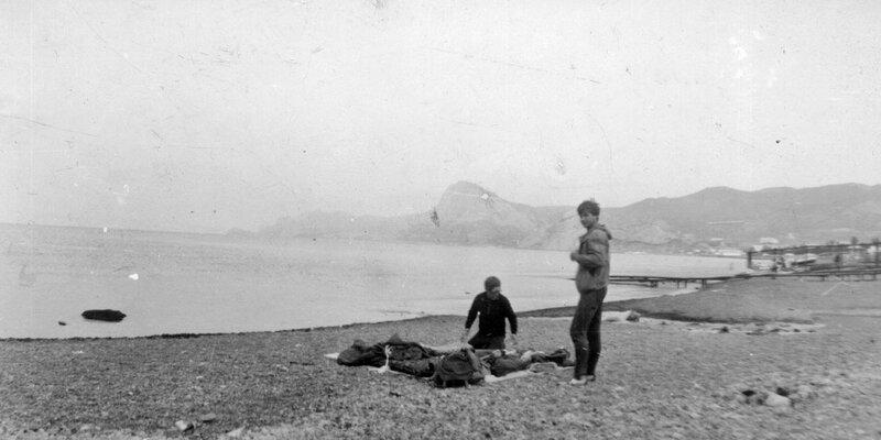 48. Бивак на пляже в Судаке