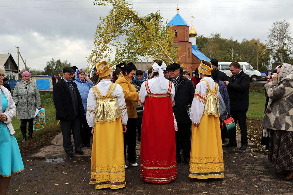 в селе Языково.......