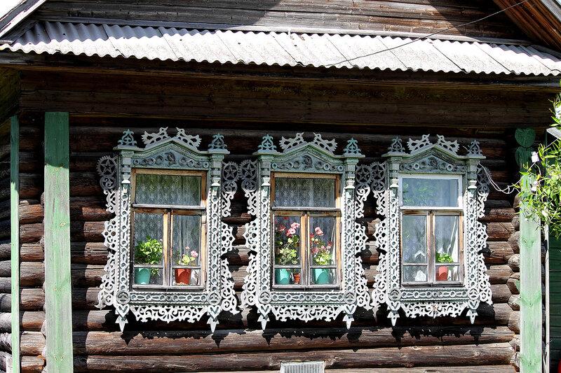 Дом на три окна.
