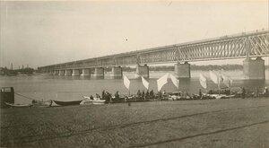 Мост через реку Днепр в Екатеринославе.