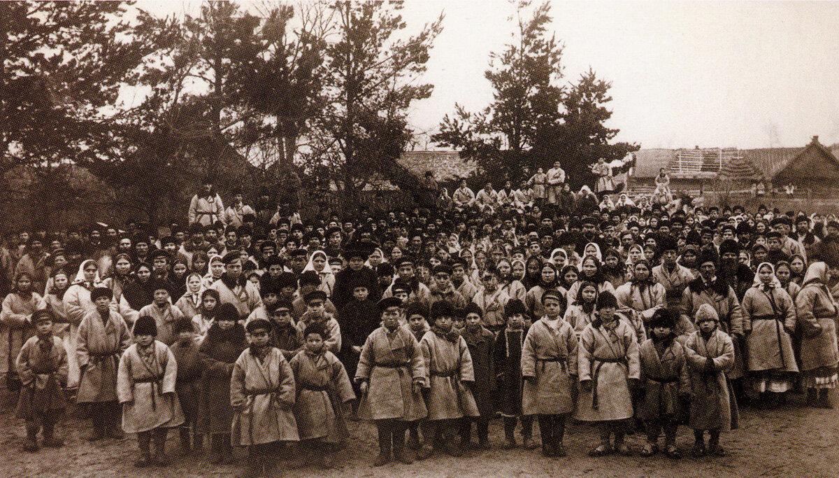 Сельское собрание. Село Пиша. Подолье. 1910 г.