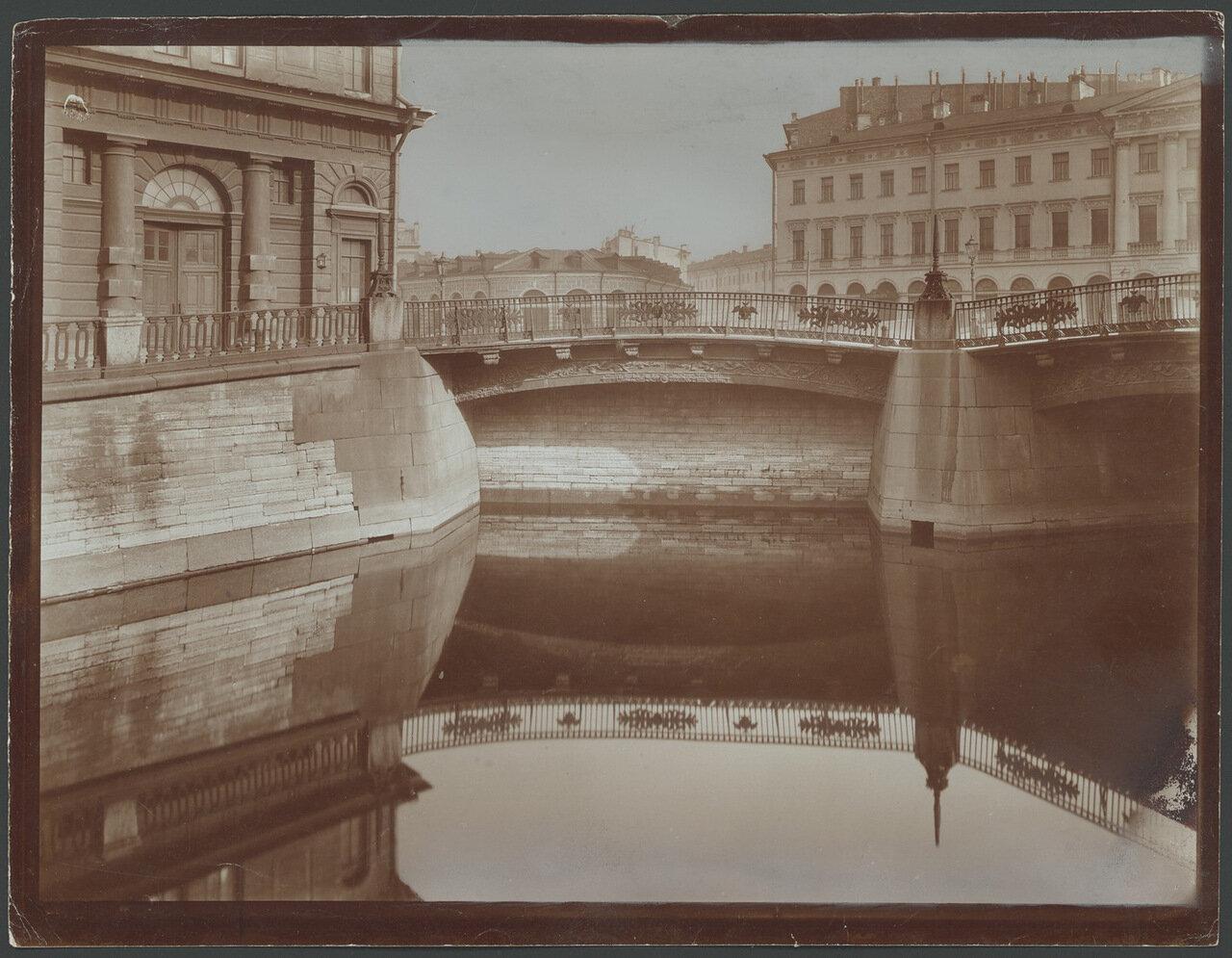 Театральный мост.