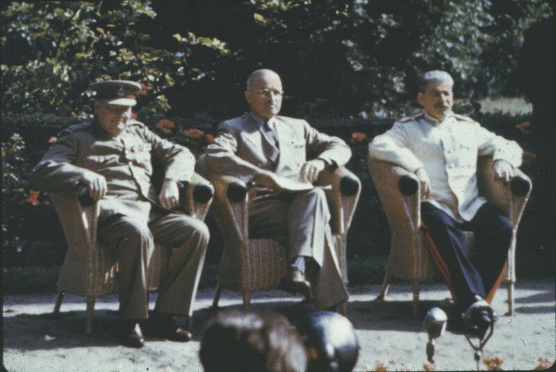 1945 Stalin Potsdam1a.jpg