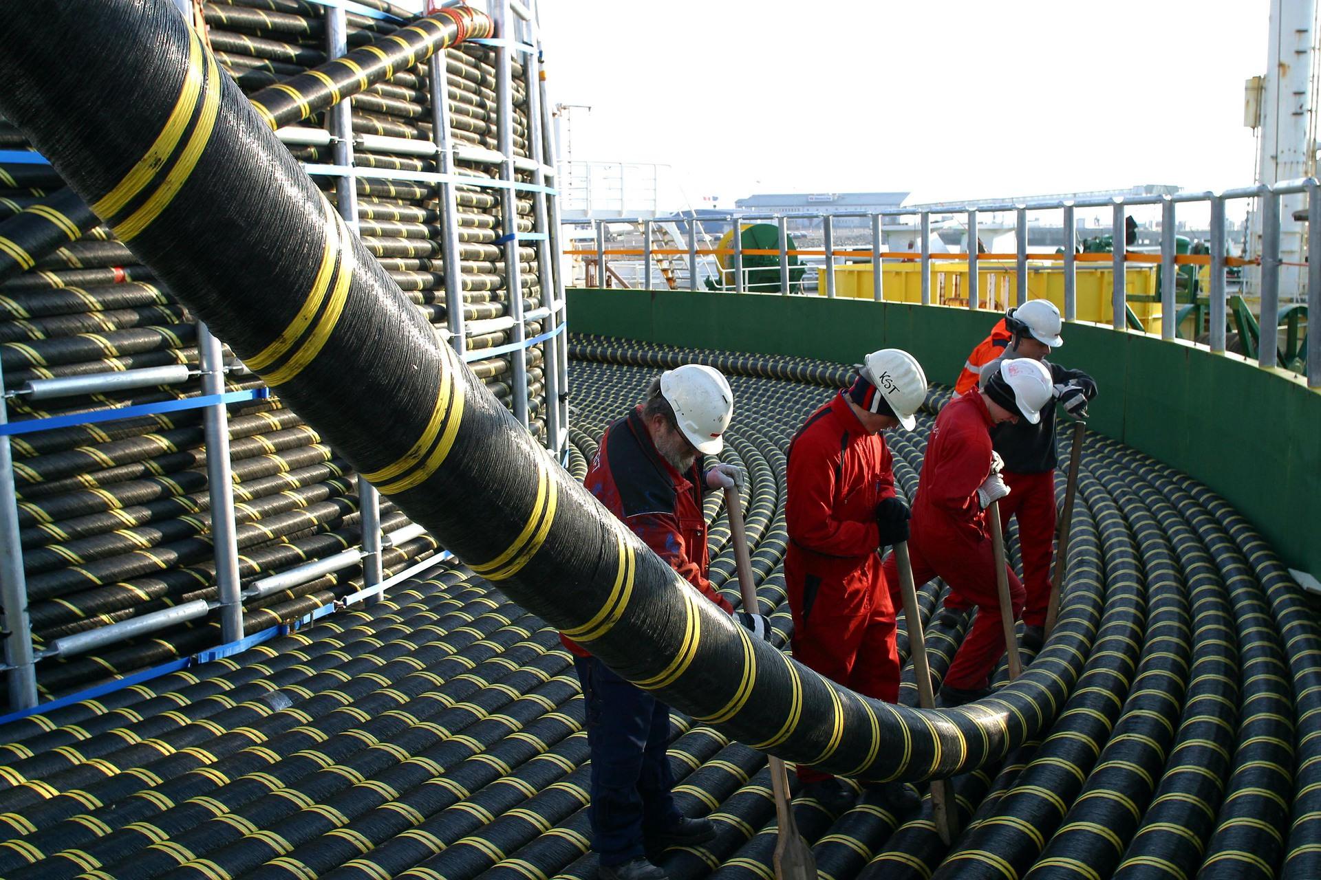 Ура! Третья нить энергомоста в Крым заработает сегодня