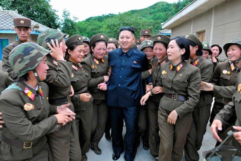 Фейк! Ким Чен Ын назван самым сексуальным мужчиной года