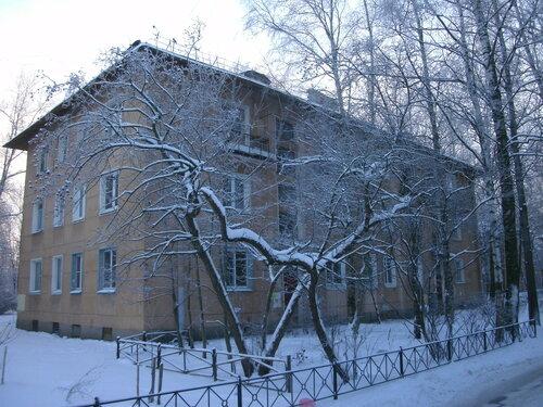 Новгородская ул. 8