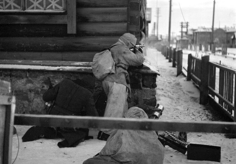 Street fighting in Medvezhyegorsk, Russia. The town was occupied by Finland for three years. c. 1940's.