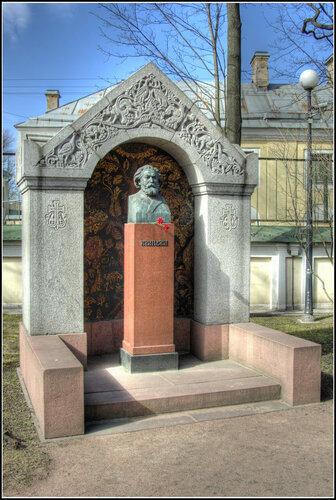 Надгробие. А.И.Куинджи.